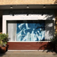 Altonale Kunst im Schaufenster